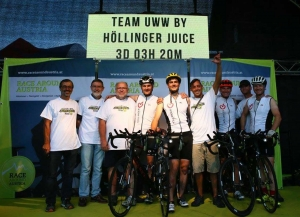 Team UWW Hoellinger Juice